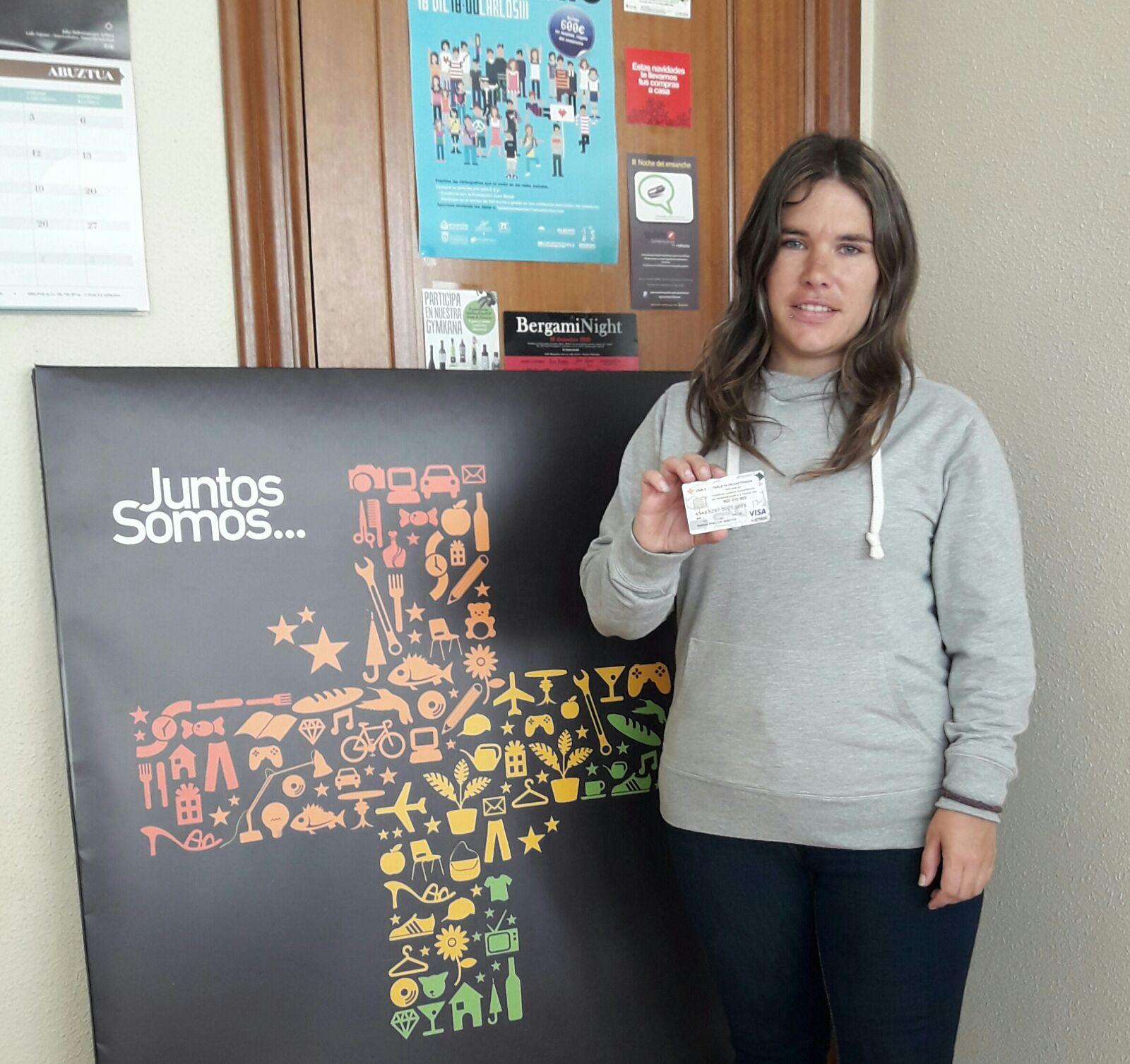 Marta Rincón, ganadora del sorteo realizado entre los votantes de Facebook.
